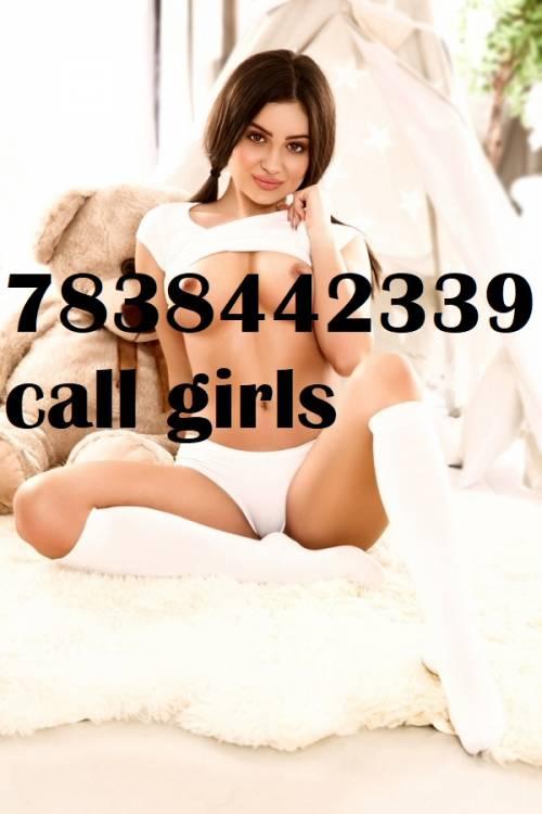 call girls in delhi call me 7838442339 sex service provide