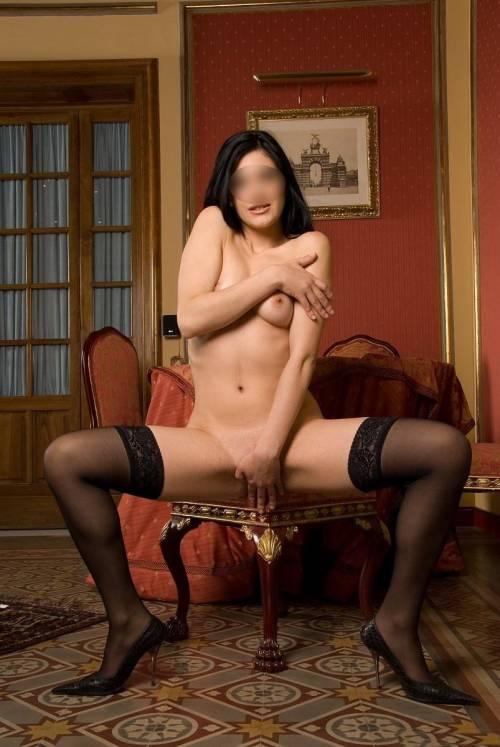 Angela Diamond escort girl! 6975513716